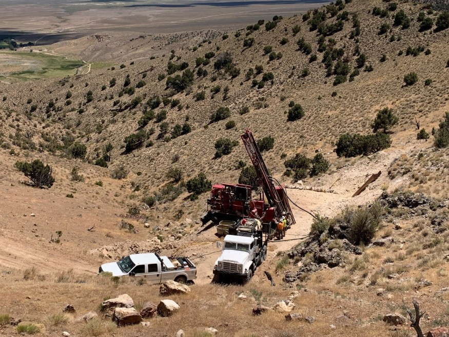 Image of rig drilling a priority target – July 2020 (CNW Group/New Placer Dome Gold Corp.)